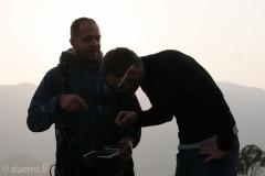 Marcel & Roland bei der Flugauswertung